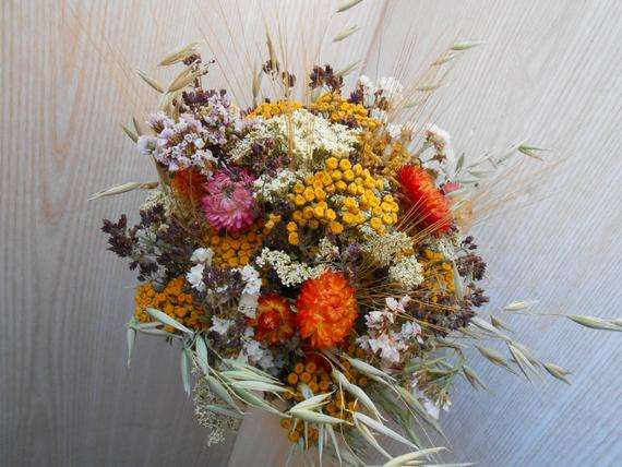 Dried Flowers Manufacturers
