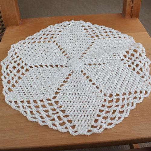 Handmade Crocheted Table Cloth Manufacturers