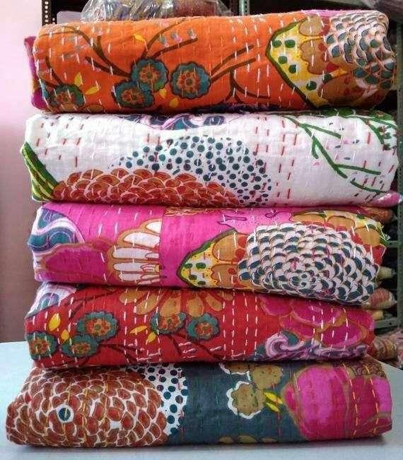 Handmade Decorative Quilt Manufacturers