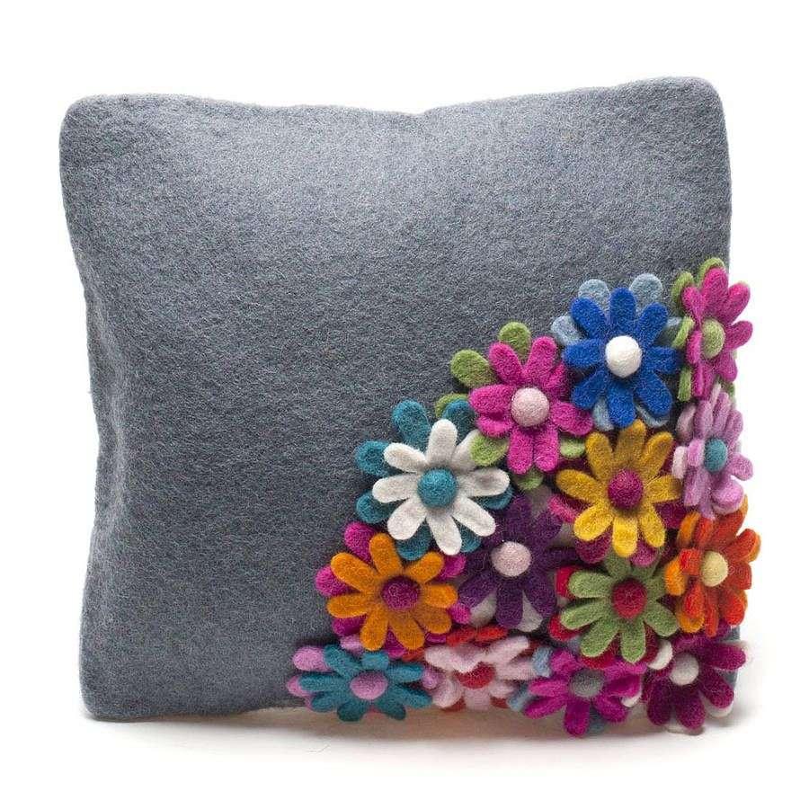 Handmade Good Pillow Manufacturers