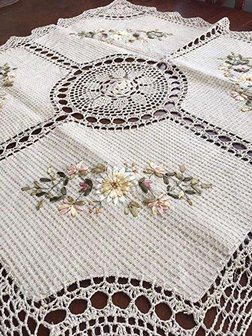 Handmade Good Table Cloth Manufacturers