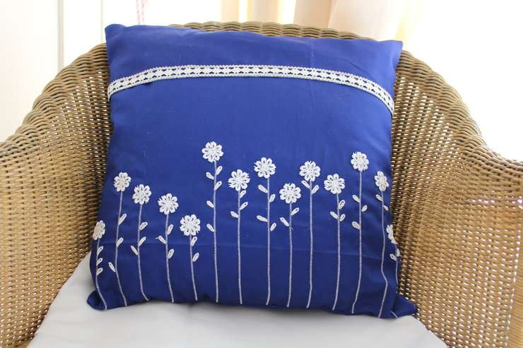 Handmade Lace Cushion Cover Manufacturers