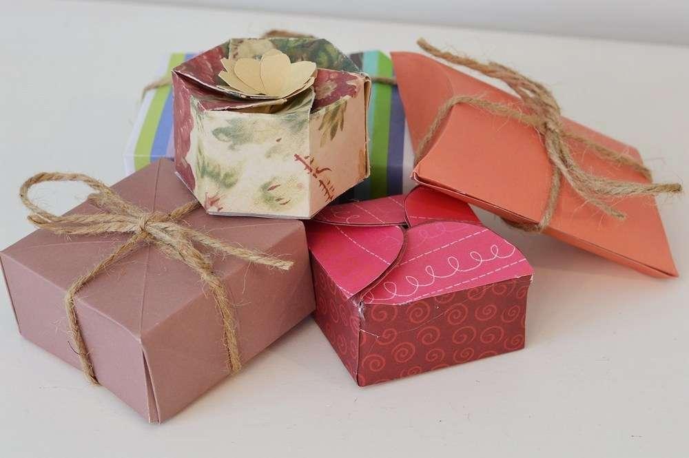 Handmade Paper Gift Manufacturers