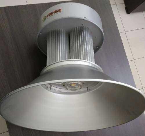 高棚配件灯 制造商
