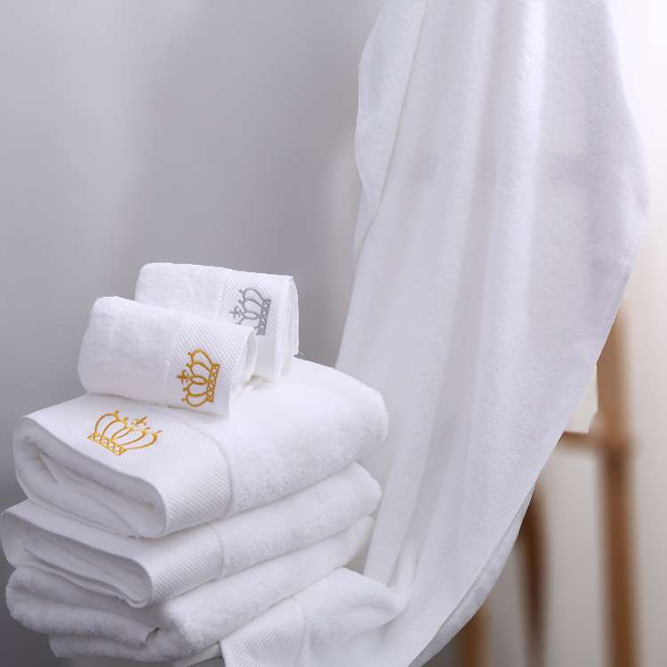 Satin Embroidered Bath Towel Manufacturers