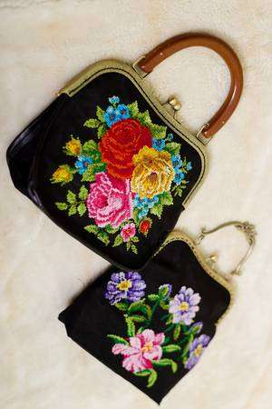 Satin Embroidered Gift Manufacturers