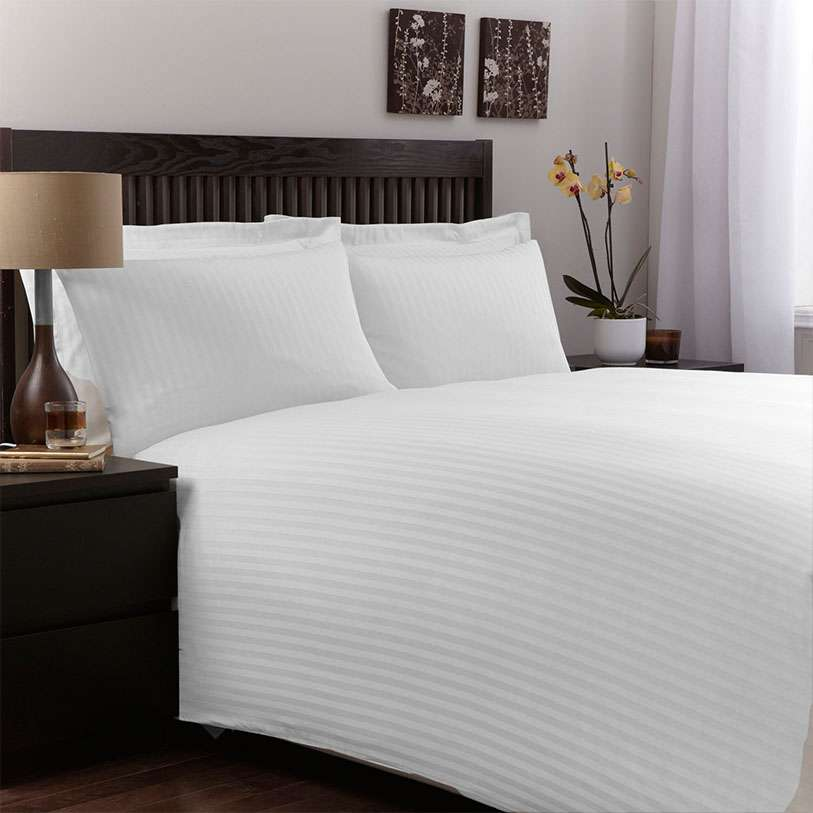 Satin Hotel Bed Cover Manufacturers