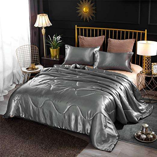 Satin Knitted Comforter Manufacturers