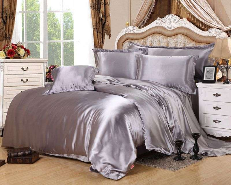 Satin Plain Bedding Set Manufacturers