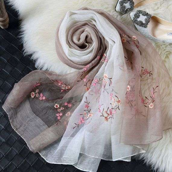 Silk Embroidery Scarf Manufacturers