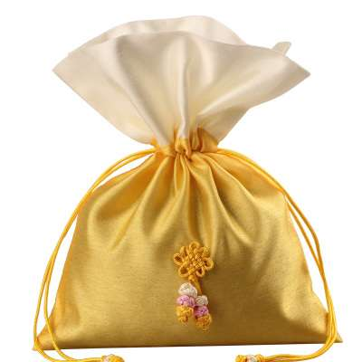 Silk Gift Bag Manufacturers