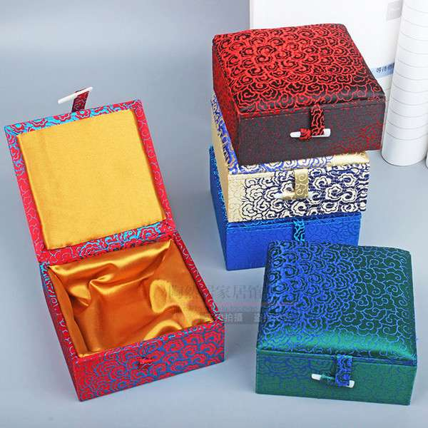 Silk Wallet Box Manufacturers