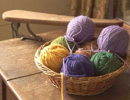 Silk Warm Yarn Manufacturers