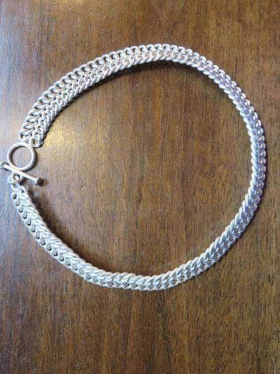 Silver Choker Style Necklace Manufacturers