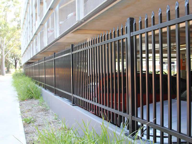 Solid Metal Fencing Manufacturers