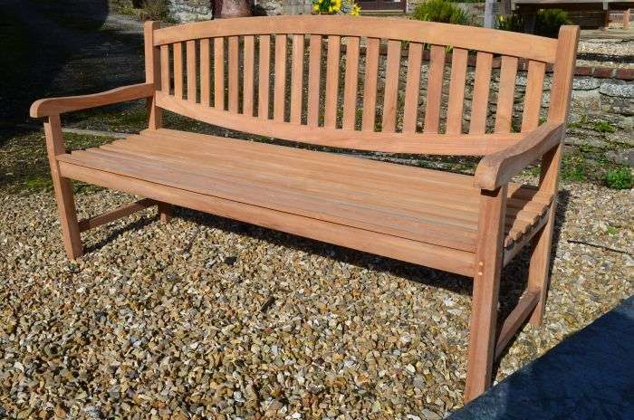 Solid Teak Bench Manufacturers