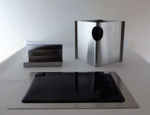 Stainless Steel Desk Accessory Manufacturers