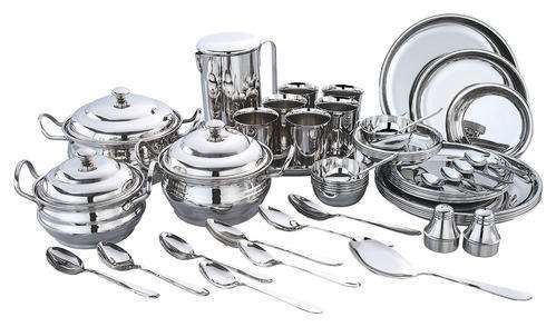 Stainless Steel Dinner Manufacturers