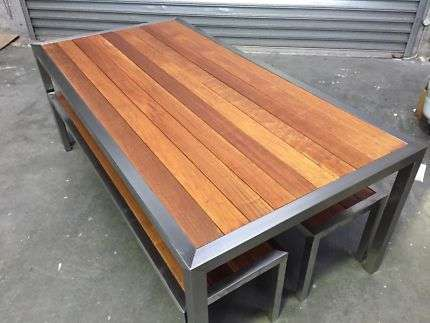 Stainless Steel Outdoor Table Manufacturers