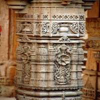 Carved Stone Pillar Manufacturers