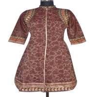 印花丝绸Kurti 制造商