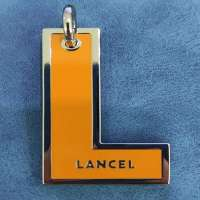 Good Quality Hangtag Puller With Hanging Plating And Enamel Yellow